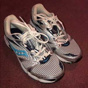 Saucony Shoes - Saucony Oasis Sneakers